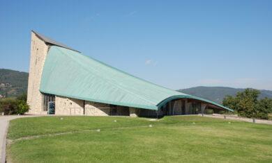 Chiesa struttura prefabbricata - Travi traliccio TTR - TR Technology